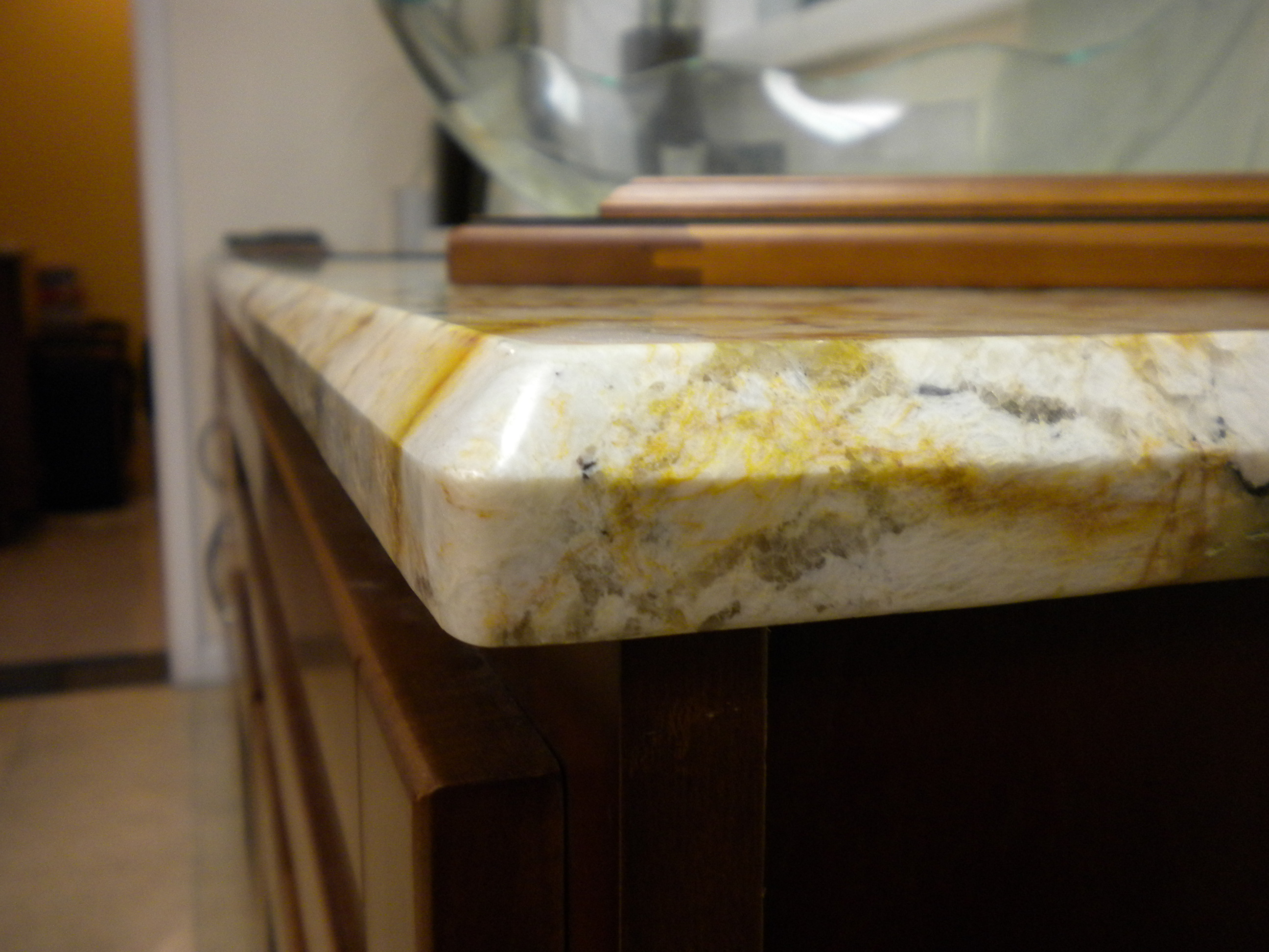 Perfectly cut granite edges stone int counter top edges for 1 inch granite countertops