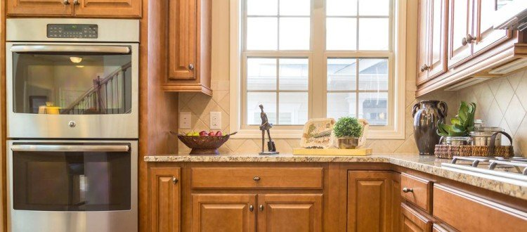 Italian Kitchen Cabinets