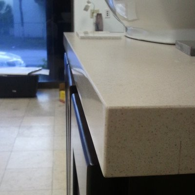 Perfectly Cut Granite Edges Stone Int Counter Top Edges