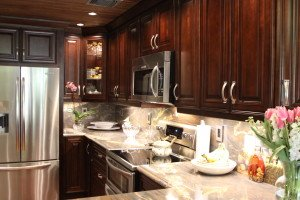 Mocha cabinets in Miami Lakes