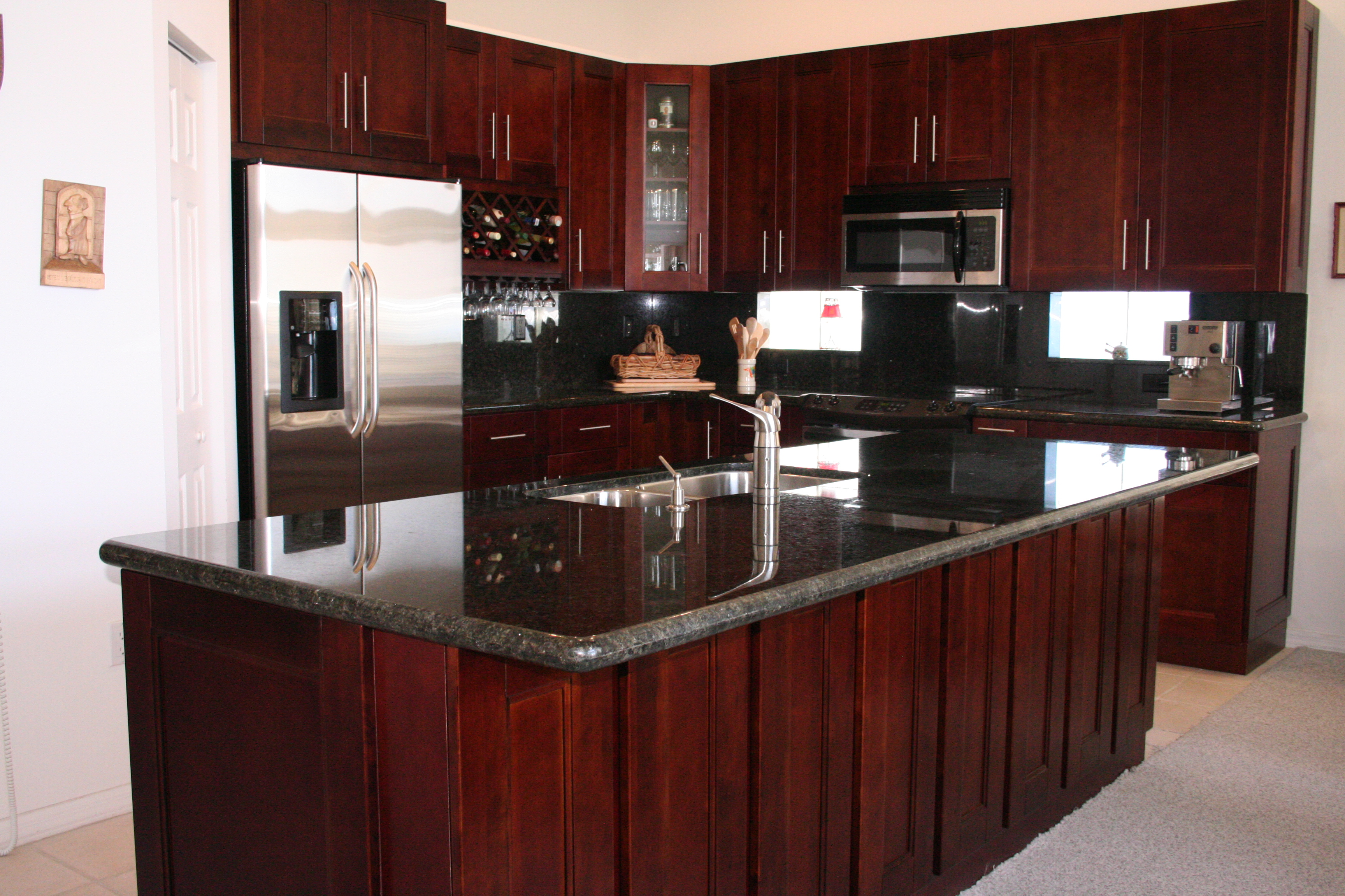 Cherry Wood Kitchen Design Ideas
