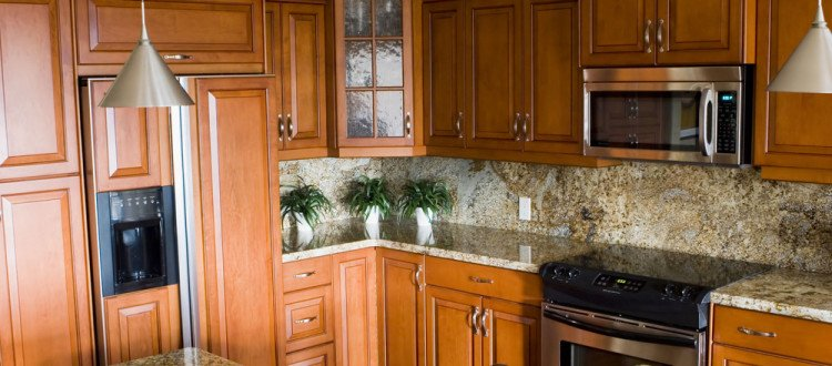 New Kitchen Cabinets in Miami , Kitchen Cabinet Remodeling , Kitchen Cabinet Replacement
