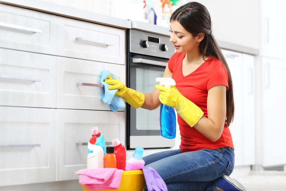 kitchen cabinet cleaning tips effective cabinet cleaning tips international 18327