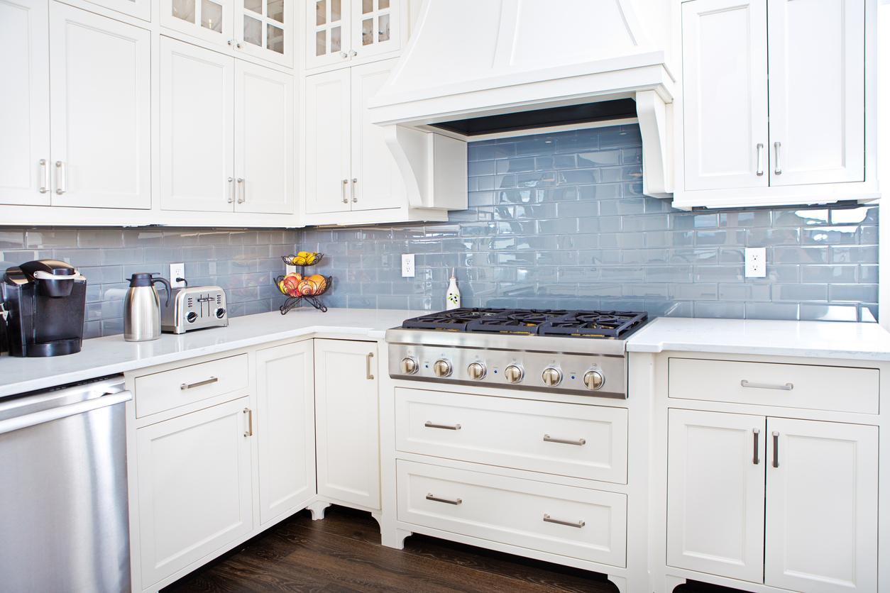 White Shaker Kitchen Cabinets Stone International