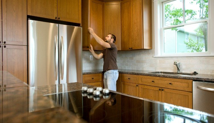 High-Quality Wood Cabinets in Miami
